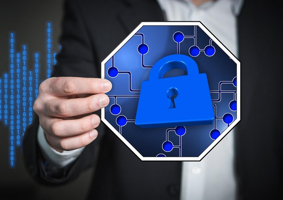 Aqui no Brasil, por exemplo, o congresso já pretende colocar em prática a Lei Geral de Proteção de Dados (LGPD), que deve passar a valer a partir de maio de 2021.